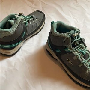 MOVING SALE! Keen kids hiking boots size 3